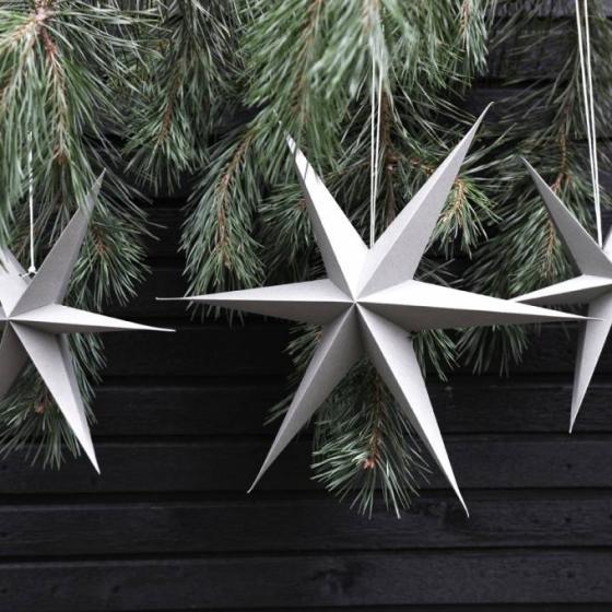 grijze papieren sterren