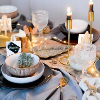 kersttafel inspiratie goud mix servies